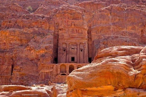 Royal Urn Tomb