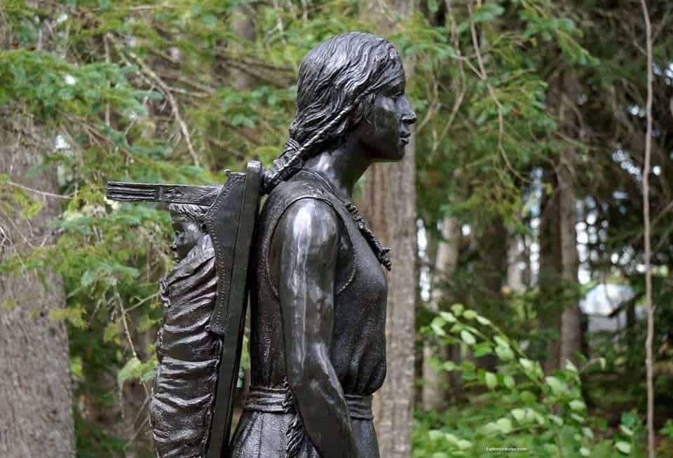 indian women statue St. Croix Island