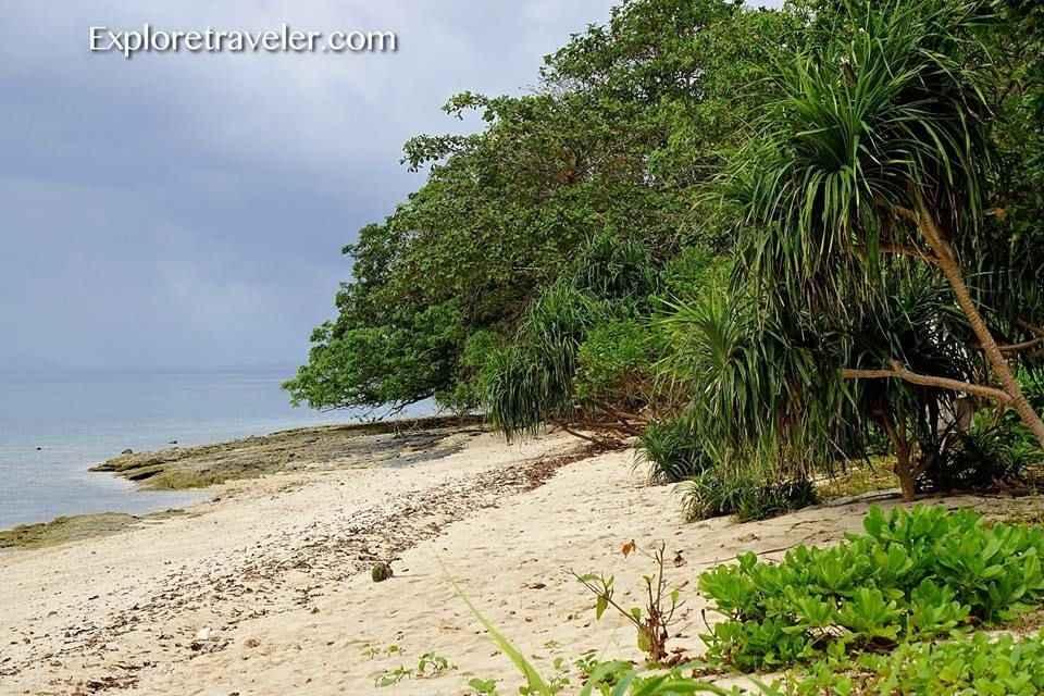 Canigao Uninhabited Island Surrounded By The Camotes Sea