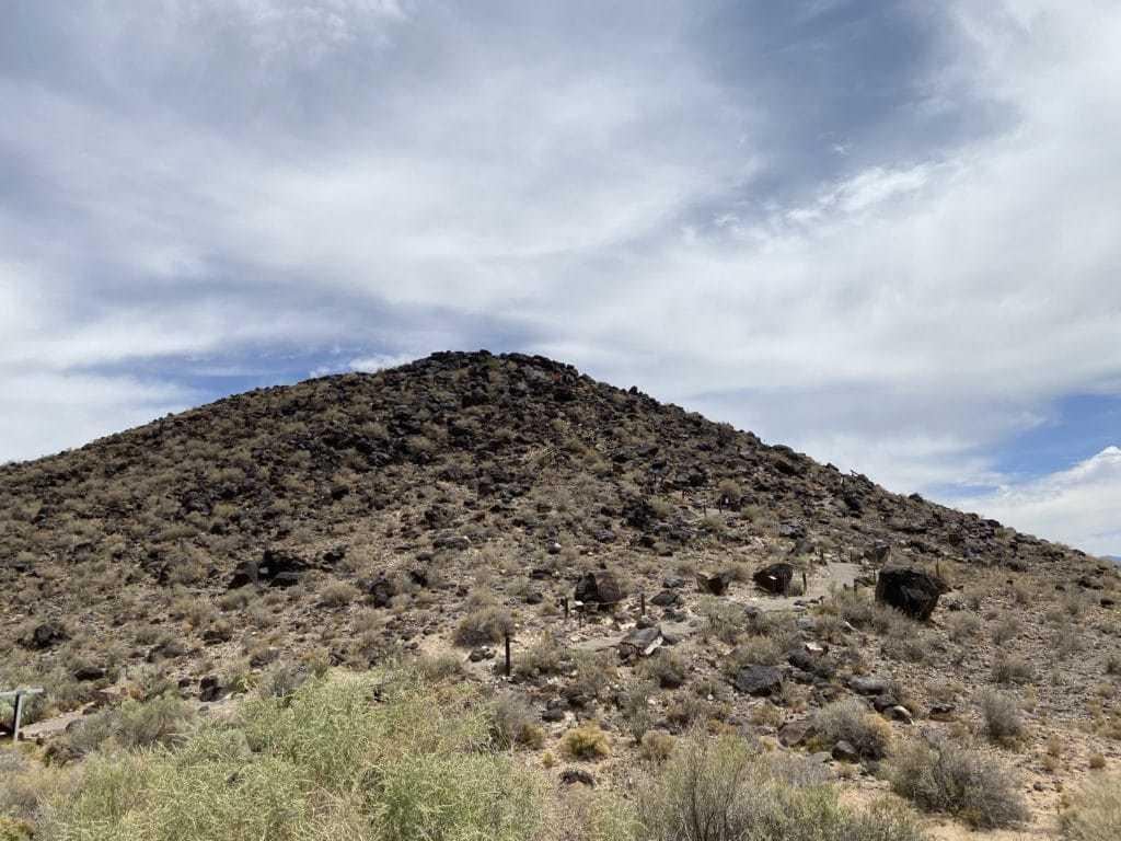 petroglyph national monument black mountain