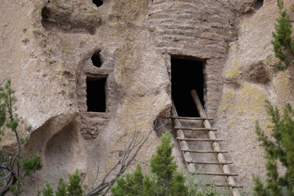 Pueblo Cliff dwellings.