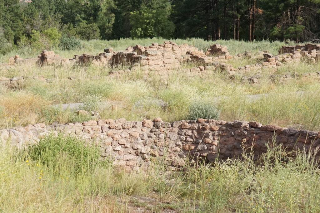 Pueblo Runes for holding water